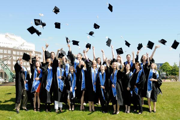 Европа или США - где лучше учиться и получать степень MBA
