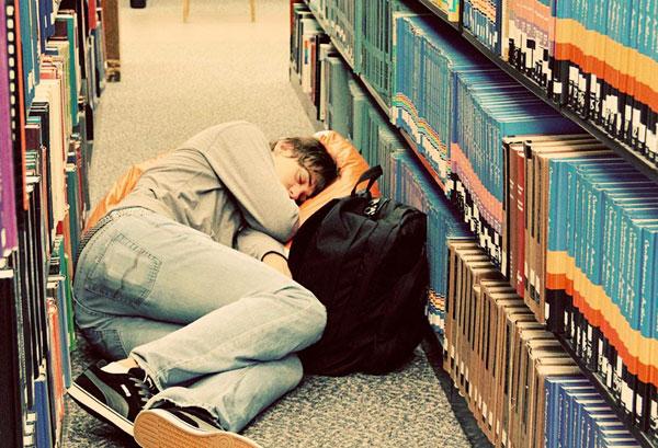 Стоит ли учиться в ВУЗе, если специальность не востребована или уровень обучения низкий