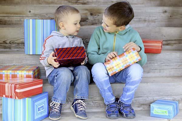 Рекомендации по выбору подарков для детей