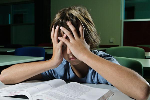 В чём заключается вред школы по отношению к ребёнку?