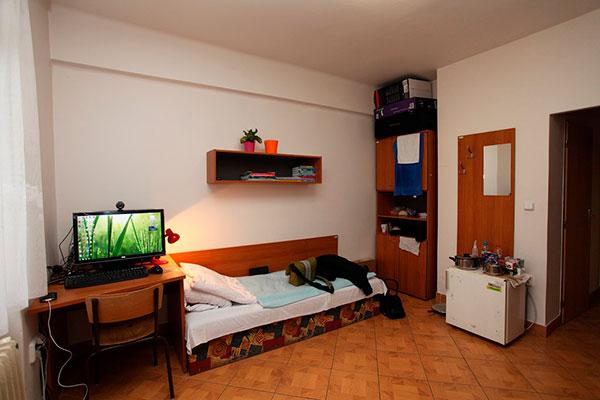 7 причин жить в общежитии