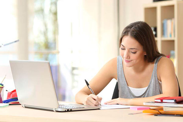 Зачем поступать в обычный ВУЗ, если можно в онлайн-университет и дипломы будут идентичными?