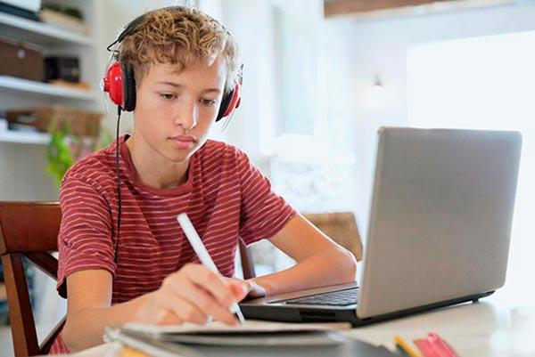 Как школьникам выбрать профессию?