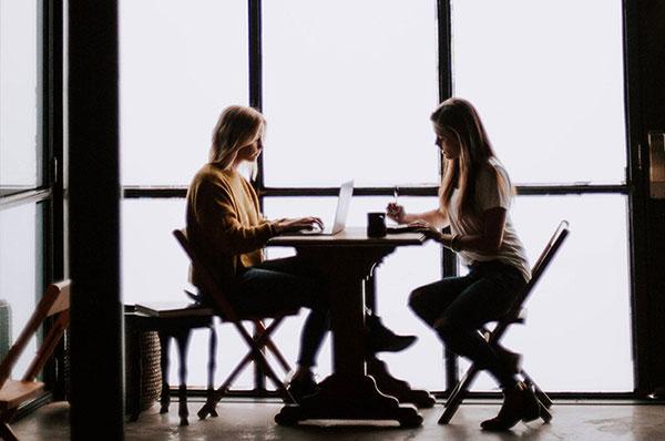 5 секретов хорошего оратора - как улучшить свои навыки коммуникации на работе
