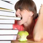 Чем отличается реферат от курсовой работы?