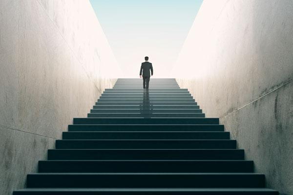 Предприниматель всегда имеет дело с новыми вещами, а значит – рискует