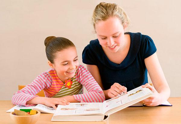 Выбираем ребенку репетитора по иностранному языку