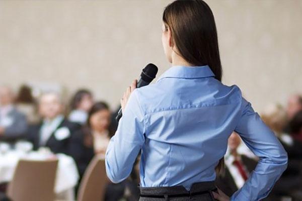 Ораторство. Как выступать без дрожи в коленях
