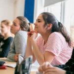 Почему подростки учатся хуже