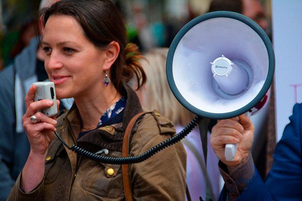 Ораторское мастерство: как научиться правильно говорить