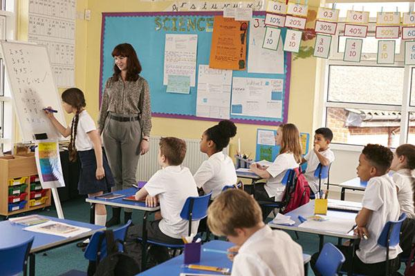 Не сошлись характером: как наладить отношения с учителем